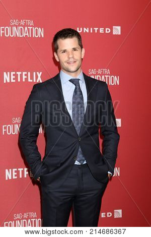 LOS ANGELES - NOV 9:  Max Carver at the Patron of the Artists Awards 2017 at Wallis Annenberg Centeron November 9, 2017 in Beverly Hills, CA