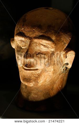 古老的伊特鲁里亚艺术在考古博物馆,意大利锡耶纳