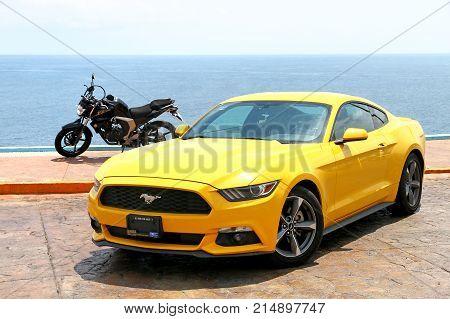 Ford Mustang And Yamaha Fz25