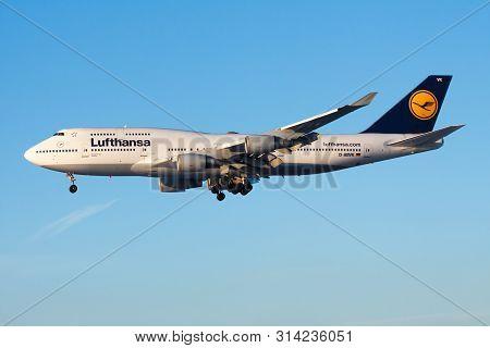 Frankfurt / Germany - December 8, 2012: Lufthansa Boeing 747-400 D-abvk Passenger Plane Landing At F