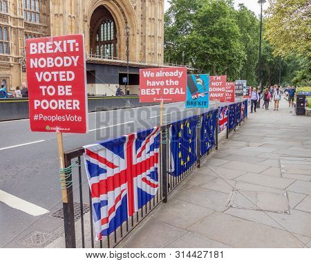 London / Uk - June 26th 2019 - Pro-eu Anti-brexit Signs And European Union / Union Jack Flags Attach