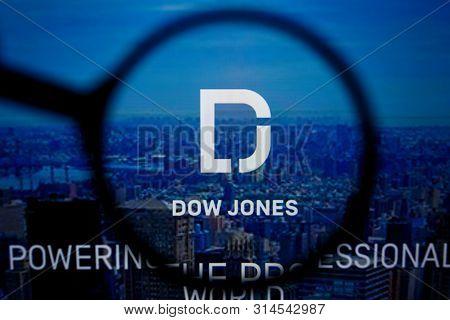 Los Angeles, California, Usa - 29 Jule 2019: Illustrative Editorial Of Dowjones.com Website Homepage
