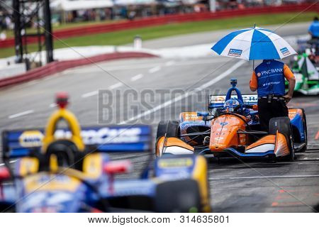 July 27, 2019 - Lexington, Ohio, USA: SCOTT DIXON (9) of New Zealand  prepares to qualify for the Honda Indy 200 at Mid Ohio at Mid-Ohio Sports Car Course in Lexington, Ohio.