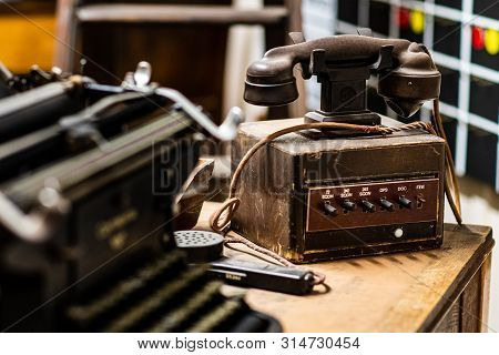 Doncaster, Uk - 28th July 2019: An Old Vintage Dictograph Telephone On Display In Doncaster Aviation