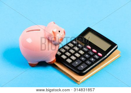 planning counting budget. Commerece business. bookkeeping. financial report. capital management. money saving. Accounting and payroll. moneybox with calculator. Piggy bank. Financial aid poster