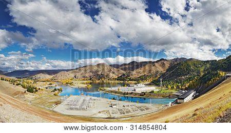 Lake Benmore Hydro-Electric Power Station, Waitaki Valley, New Zealand
