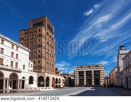 Piazza della Vittoria (Victory square), an example of Italian Art Deco, Brescia, Lombardy, Northern Italy