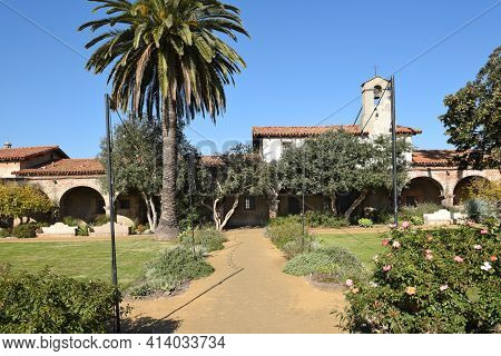 San Juan Capistrano, Ca - December 1, 2017: Grounds of the central courtyard at the iconic San Juan Capistrano Mission in Southern California.