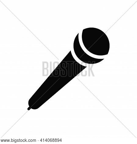 Microphone Icon Isolated On White Background. Microphone Icon In Trendy Design Style. Microphone Vec