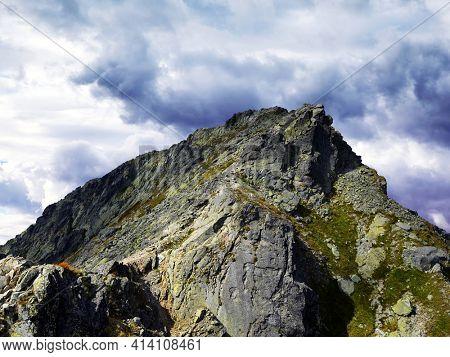 Koprovsky stit, Tatra Mountains ( Vysoke Tatry ), Slovakia, Europe.