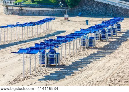 Empty Beach, No Person. No One On The Beach, No Tourists Or Quarantined Travelers. With Hammocks And