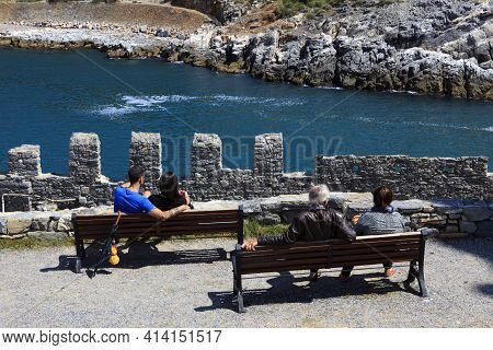 Portovenere (sp), Italy - April 15, 2017: Tourists Relaxing In Portovenere Gulf Of Poets, Cinque Ter