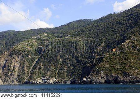 Portovenere ( Sp ), Italy - April 15, 2017: Cliffs Landscape Near Portovenere, Gulf Of Poets, Cinque