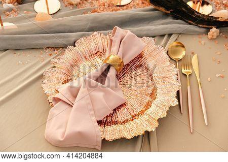 Wedding, Wedding Moment, Decorations, Decor, Wedding Decorations, Outdoor Wedding Table For Two. Gol