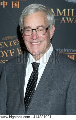 LOS ANGELES - MAR 24:  Bob Gale at the 14th Family Film Awards at the Universal Hilton Hotel on March 24, 2021 in Universal City, CA