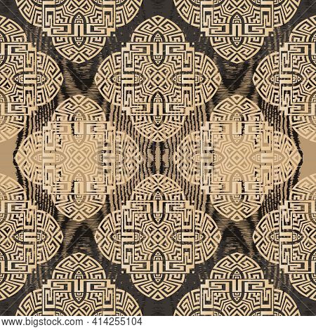 Grunge Greek Seamless Pattern. Vector Wood Textured Background. Repeat Geometric Rough Backdrop. Mod