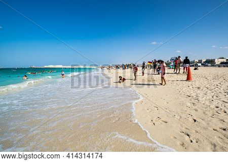 Dubai, United Arab Emirates - 08 December, 2018: View Of People Relaxing On The Beach Jumeira In Dub