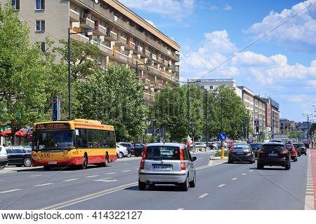Warsaw, Poland - June 19, 2016: Traffic In Swietokrzyska Street Ofwarsaw, Poland. Warsaw Is The Capi