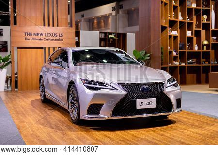 Nonthaburi, Thailand - March 25,2021 : View Of Lexus Ls 500h Car On Display At Thailand Internationa