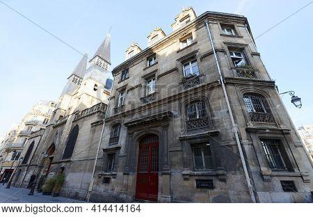 The Saint-leu-saint-gilles De Paris Is A Roman Catholic Parish Church In The 1st Arrondissement Of P
