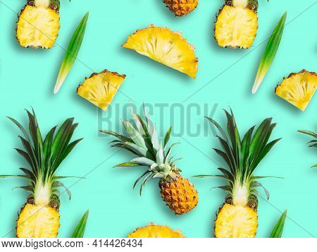 Seamless Pattern Of Ripe Pineapple, Pineapple Halves And Slices Isolated On Green Background. Exotic