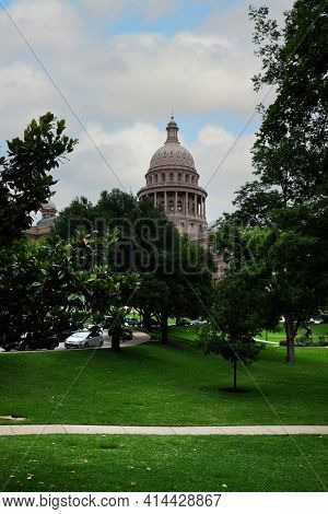 AUSTIN, TEXAS - 22 MAY 2017: Texas State Capitol. In Downtown Austin. Constructed with sunset red granite the building houses the Texas Legislature and the Office of the Governor.