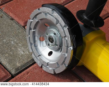 Diamond Grinding Cup. Angle Grinder And Concrete Grinding Wheel