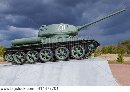 Kirovsk, Russia - August 26, 2020: Tank T-34-85 Under A Stormy Sky On An April Day. Fragment Of The