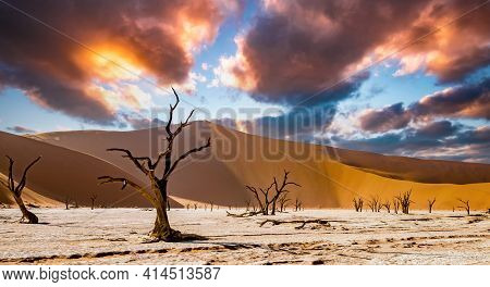 Dead Vlei Desert, With Clouds And Sky In Namib Deser