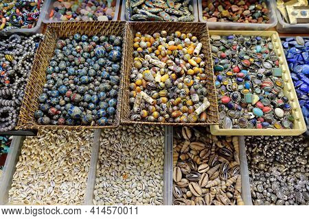 Showcase For Sales Of Seashell, Beads, Semiprecious And Other Souvenirs On Istanbul Grand Bazaar Mar