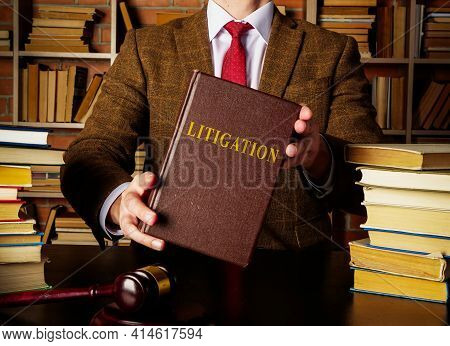 Book About Litigation In The Lawyer Hands.