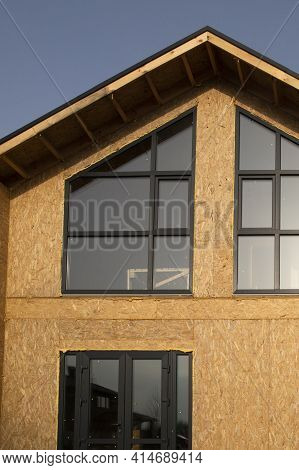 Construction Of A Town Houses From Sip Panels.