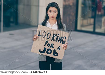 Photo Portrait Of Jobless Unemployed Woman Looking For Job Keeping Carton With Sad Grumpy Face