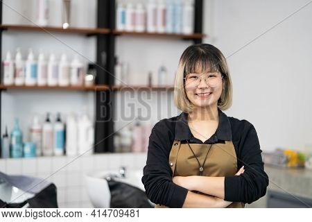Portrait Of Asian Women Hair Stylish Business Owner Standing And Smile Inside Of Hair Salon With Sha