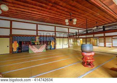 Kyoto, Japan - April 27, 2017: Bronze Pot To Burn The Incense Of Offerings Inside Hojo Hall Of Tenry