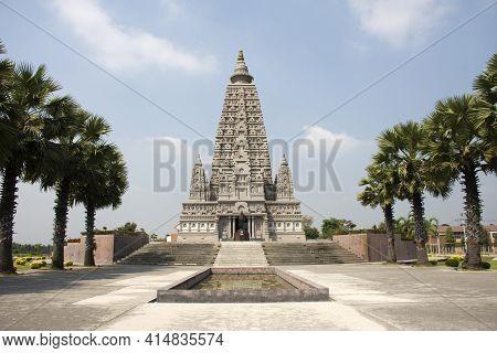 Chedi Phutthakhaya Or Buddhakhaya Stupa Of Wat Panyanantaram Or Panya Nantaram Temple For Thai Peopl
