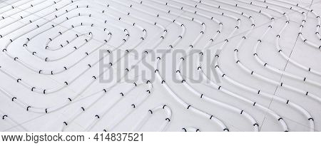 Underfloor Heating System Pipes On Insulation. Radiant Floor Heating