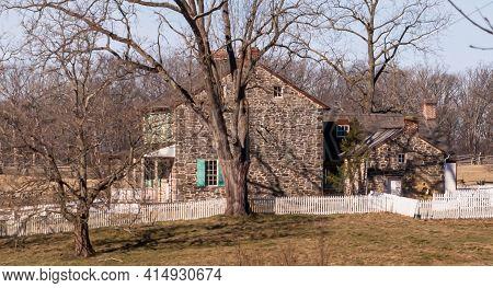 Gettysburg, Pennsylvania, Usa March 15, 2021 The Rose Farm House At Gettysburg National Military Par