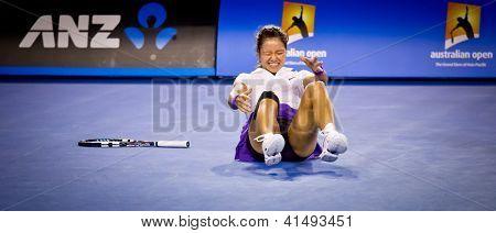 MELBOURNE - 26 januari: Victoria Azarenka (R) Vitryssland efter slog Li Na (L) av Chins att vinna den