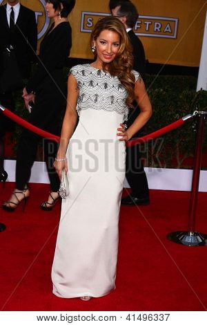 LOS ANGELES - JAN 27:  Vanessa Lengies arrives at the 2013 Screen Actor's Guild Awards at the Shrine Auditorium on January 27, 2013 in Los Angeles, CA