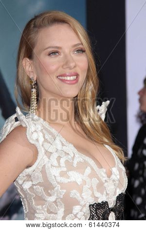 LOS ANGELES - MAR 13:  Scarlett Johansson at the