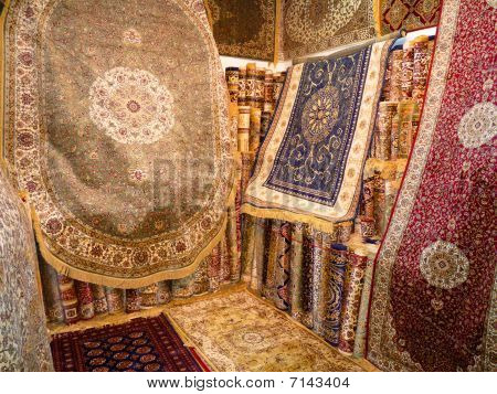 Hand Made Luxury Carpets
