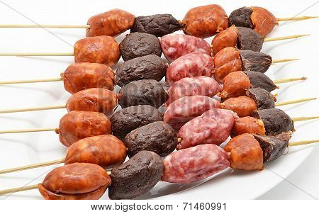 pincho with different types of sausages