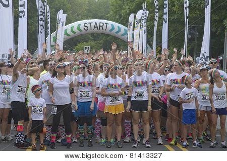 Energetic Color Runners Wait To Being The Race
