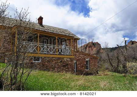 Old Homestead House