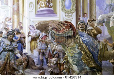Sacro Monte di Orta, chapel statues. Color image