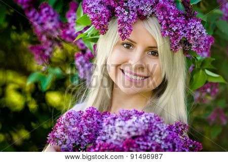 Close Up Portrait Beautiful Smiling Young Woman Is Wearing Wreat