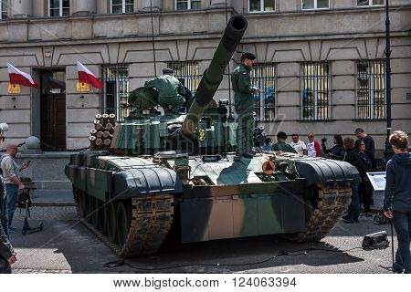 WARSAW, POLAND - MAY 08, 2015: PT 91 Polish tank at the 70th anniversary of End of WW II