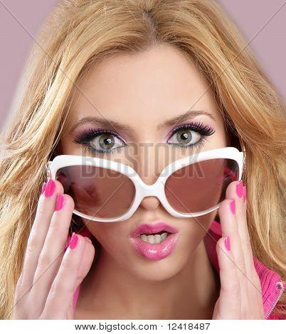 Fashion Doll Style Blode Girl Pink Makeup