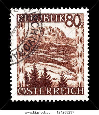 AUSTRIA - CIRCA 1946 : Cancelled postage stamp printed by Austria, that shows Kaiser mountains.